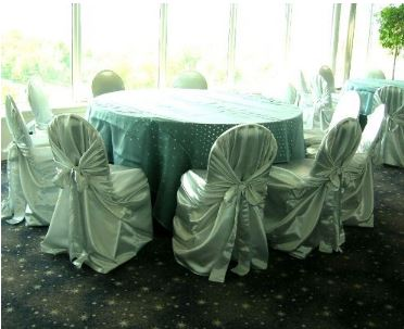 Silver self-tie chair covers w/ mirrored pallets tablecloth